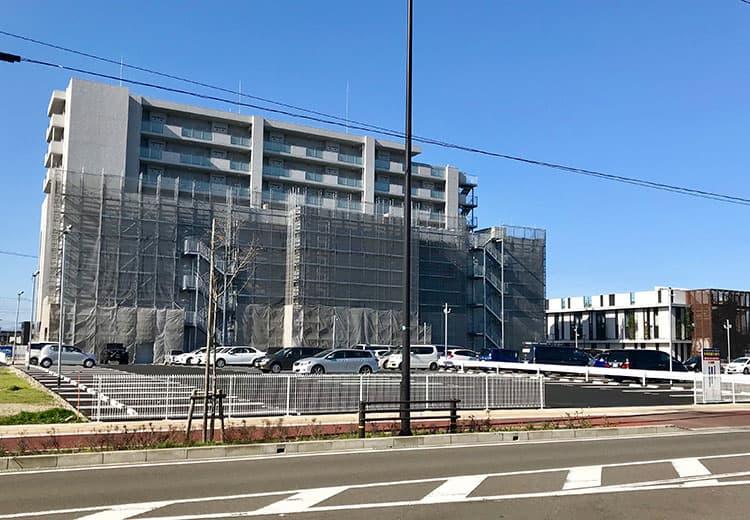 ユアフォームの駐車場